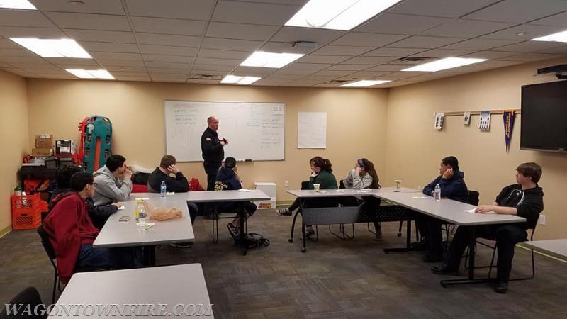 Hazmat Chief Sullivan speaking with the Class